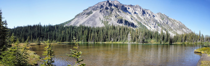 Mystic Lake on The Wonderland Trail, Mount Rainier National Park